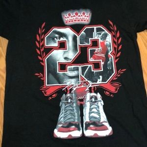 Awesome Michael Jordan T-Shirt Medium LOOK!!